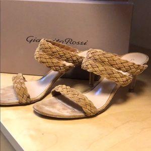 Gianvito Rossi Camoscio Almond sandal shoe 38 8